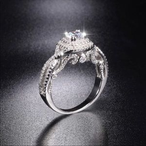 27625274e Jewelry - New vantage style silver engagement wedding ring